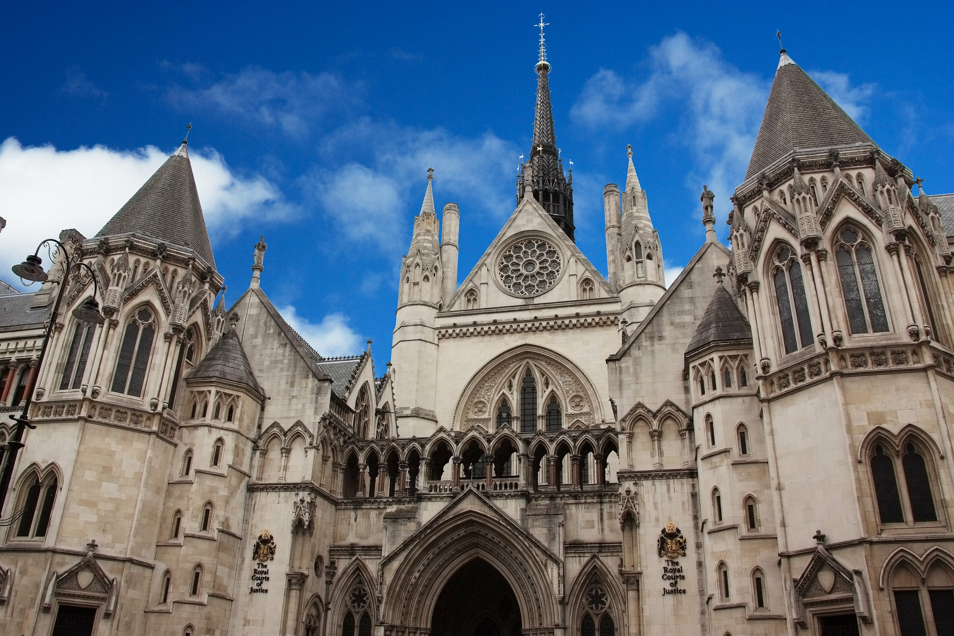 1.350 Astreea Dispensers are doing justice to the public health in The Courts of England and Wales